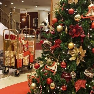 HotelEmperador_terraza_navidad_arbol (2)